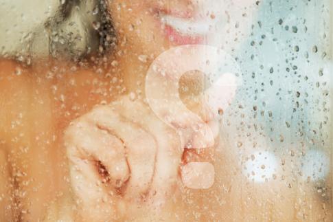 Blijft de douchecabine in de badkamer kalkvrij