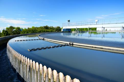 Waarom waterbedrijven zo negatief over ontharden